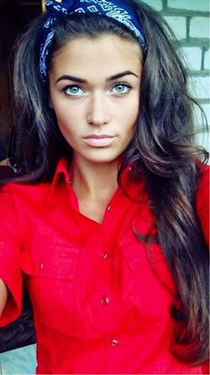 color Pretty Love her hair Hair color? My Hairstyle, Pretty Hairstyles, Straight Hairstyles, Famous Hairstyles, Country Girl Hairstyles, Short Hairstyles, Funny Hairstyles, Fashion Hairstyles, Hairstyles Pictures