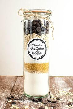 Backmischung im Glas für Chocolate Chip Cookies mit Haferflocken