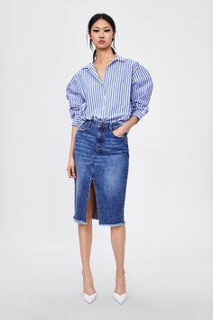 Denim Pencil Skirt Outfit, Denim Skirt Outfits, Denim Outfit, Casual Outfits, Denim Skirts, Women's Skirts, Jupe Midi Jean, Jeans Rock, Skirts With Pockets