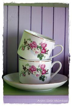 beautiful antique tea cups