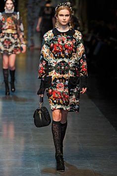 Dolce & Gabbana Fall 2012 — Runway Photo Gallery — Vogue