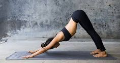 Yoga has grown very popular among people of all ages, and yoga classes are brimming with so many yogis. This is not surprising considering the various benefits that are associated with yoga. 10 Minute Morning Yoga, Morning Yoga Routine, Yoga Fitness, Fitness Tips, Beginner Yoga Routine, Basic Yoga Poses, Yoga Tips, Yoga Posen, Diet
