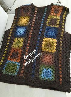 Granny Square Womens Crochet V Crochet Waistcoat, Gilet Crochet, Crochet Vest Pattern, Crochet Coat, Crochet Jacket, Crochet Cardigan, Knitting Patterns Free, Crochet Clothes, Free Knitting