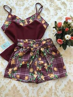 New Look Fashion, Teen Fashion, Fashion Looks, Fashion Trends, African Attire, African Wear, African Fashion, Skirt Outfits, Casual Outfits