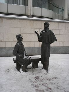 Sculpture of Holmes and Watson, as portrayed in the Soviet series, at the UK embassy in Moscow