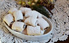 CORNULETE FRAGEDE CU GEM SI NUCI - Rețete Fel de Fel Feta, Camembert Cheese, Diy And Crafts, Food And Drink, Dairy, Cookies, Sweet, Panda, Website