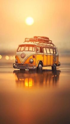 Good Morning Quotes - Wake up your friend with these Good Morning wishes, messages and GIFs Images. Make special every morning with good morning . Miniature Photography, Cute Photography, Wolkswagen Van, Combi Ww, Mode Poster, Scenery Wallpaper, Vw T1, Jolie Photo, Car Wallpapers