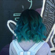 22 Popular Medium Hairstyles for Women 2017 - Shoulder Length Hair Ideas/blue hair/teal hair/color hair/ Hair Color Blue, Cool Hair Color, Hair Colors, Ombre Colour, Dark Teal Hair, Blue Green Hair, Guys With Blue Hair, Hair Goals Color, Rose Gold Blonde