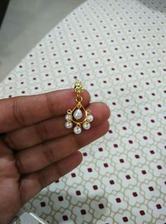 Light weight pearl and gold earrings