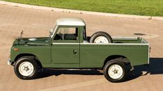 1966 Land Rover Series IIA 109 Pickup – 2 – Diego Manchini – Join in the world of pin Landrover Serie, Land Rover Pick Up, Range Rover Off Road, Land Rover Models, Land Rover Series 3, Suv 4x4, Best 4x4, Cars Land, New Engine