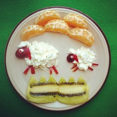 12 Adorable Plates of Food Shaped Like Animals. #healthy #kids