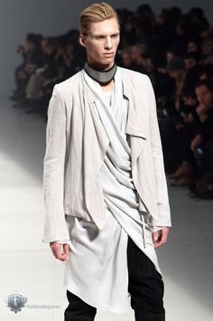 Drape | Shirt | GQ | Menswear | Monochrome | Black | White | Jacket | Details | Fashion | Summer