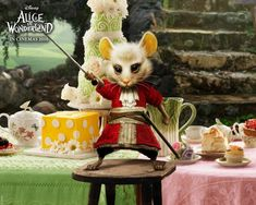 Alice In Wonderland doormouse | Nuove immagini da Alice in Wonderland! | Il blog di ScreenWeek.it