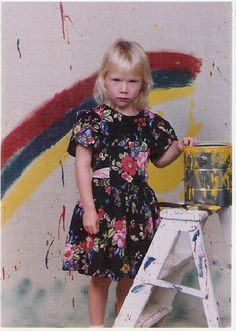 Little Miss Sunshine. Not gonna smile unless she's really feeling it. Funny Jokes, Hilarious, Awkward Family Photos, Little Miss Sunshine, Life Is Tough, Glamour Shots, Laugh At Yourself, I Feel Pretty, Over The Rainbow