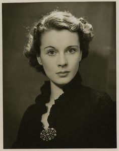 Vivien Leigh  This bitch, would you just look at her! Love love love her!