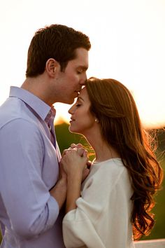 This engagement session shot will definitely bring out awwws for years to come! http://www.7centerpieces.com/fashionable-houston-engagement-photography-session/ | Julie Wilhite (http://www.juliewilhite.com)