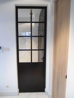 Afbeeldingsresultaat voor zwarte houten binnendeuren met glas