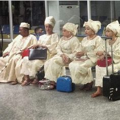 Picture of The Day- Alaafin Of Oyo and His Four Beautiful Wives Beautiful Wife, Photo Checks, Social Events, Growing Up, Cool Photos, In This Moment, Photo And Video, Words, Day