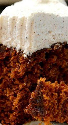 Gingerbread Molasses Cake with Chai Whipped Cream - Cake Recipes Christmas Desserts, Christmas Baking, Winter Desserts, Molasses Cake, Molasses Recipes, Just Desserts, Delicious Desserts, Camping Desserts, Cake Recipes
