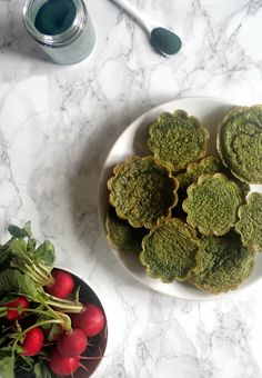 My Sweet Faery: Petites quiches aux fanes de radis, persil et spiruline - Radish green quiche with parsley and spirulina