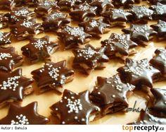 Čokoládové hvězdičky s kokosovou náplní - My site Christmas Candy, Christmas Baking, Christmas Cookies, Czech Recipes, Desert Recipes, No Bake Desserts, Gingerbread Cookies, Baking Recipes, Holiday Recipes