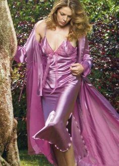 Pyjama Satin, Satin Nightie, Satin Sleepwear, Satin Lingerie, Satin Pajamas, Lingerie Dress, Mango Looks, Wearing Purple, Silk Kimono Robe