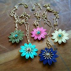 Her jewelry is beautiful and easy to wear, love the vintage! Cute Necklace, The Creator, Art Pieces, Artisan, Necklaces, Jewels, Easy, Earrings, How To Wear