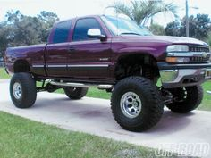 2010 lifted Chevy Trucks GMC Chev Truck Fanatics Twitter @Geeta Maker-Clark Guys http://twitter.com/GMCGuys