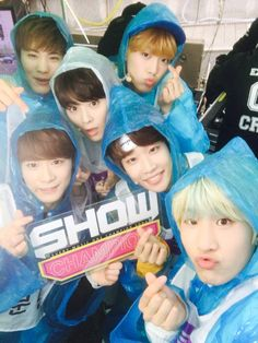 blue-ish Astro in Show Champion (smurfs feels :D)