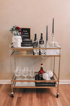 How to design the perfect Halloween bar cart with a few simple tips | Halloween bar cart decor, Halloween bar cart ideas #barcart #halloweendecor Halloween Crafts, Halloween Decorations, Pick Your Poison, Bar Cart Decor, New York Style, Living In New York, Pumpkins, Cool Style, Leaves