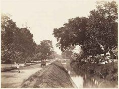 Jl. Gunung Sahari, Jakarta Art And Hobby, Dutch East Indies, Old Photography, The Old Days, Old Pictures, Jakarta, Vintage Images, Old Town, Past