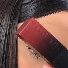 How to get free makeup samples without surveys! Get free makeup samples by mail by voting on which of these two celebrit. Makeup 101, Makeup Goals, Skin Makeup, Makeup Inspo, Eyeshadow Makeup, Makeup Inspiration, Mua Makeup, Makeup Stuff, Makeup Geek