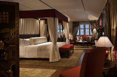 Red Mansion Master Bedrooms Design Decoration Inspiration Designs