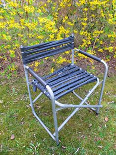 Defekten Stuhl repariert mit Fahrradschlauch / Broken chair fixed with bicycle tube / Upcycling
