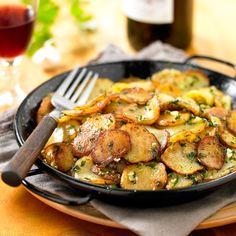 Découvrez la recette Pommes de terre sarladaise sur cuisineactuelle.fr.