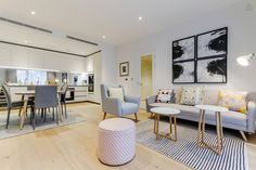 Luxurious and modern 2 Bedroom property in Chelsea, London.