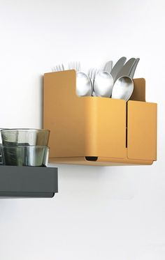 Via NordicDays.nl | Iittala Aitio Kitchen Shelves Product Design #productdesign