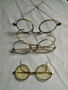 Found on EstateSales.NET: Antique spectacle glasses