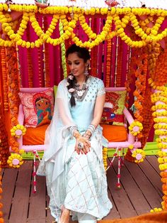 Bride's mehendi with antique silver jewellry.