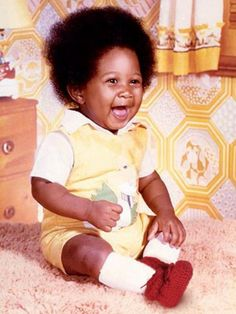 Usher was too cute as a baby Celebrity Yearbook Photos, Celebrity Baby Pictures, Celebrity Babies, Baby Photos, Celebrity Mugshots, Celebrity Stars, Celebrities Then And Now, Young Celebrities, Celebs