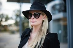 Prada sunglasses + Preston & Olivia hat