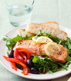 "Tuscan Sun Salmon Salad @ Good Housekeeping (""With not much beyond frozen salmon fillets and a microwave, you can put together a tasty and elegant dinner in about 10 minutes. Salmon Salad Recipes, Fish Recipes, Seafood Recipes, Cooking Recipes, Seafood Meals, Healthiest Seafood, Fast Dinners, Easy Meals, Easy Healthy Recipes"