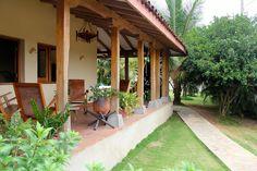 casa de playa en panama - Buscar con Google Hacienda Style Homes, Spanish Style Homes, Spanish House, Adobe Haus, Kerala Houses, Bungalow Homes, Indian Architecture, Indian Homes, Paint Colors For Home