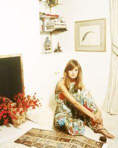 Jean Shrimpton, Patti Hansen, Lauren Hutton, Mod Fashion, Vintage Fashion, 1967 Fashion, Colleen Corby, Pattie Boyd, Spring Shower