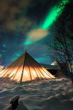 Camping under the northern lights, Troms County /. Camping under the northern lights, Troms County / Norway (by Trichardsen). Places Around The World, Oh The Places You'll Go, Places To Travel, Around The Worlds, Travel Destinations, Beautiful World, Beautiful Places, Lofoten, Adventure Is Out There