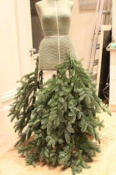 Making a fir dress . Dress fir Making tree christmasdress Making a fir dress . Mannequin Christmas Tree, Dress Form Christmas Tree, Types Of Christmas Trees, Noel Christmas, Xmas Tree, Christmas Projects, All Things Christmas, Holiday Crafts, Christmas Wreaths