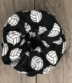 Volleyball Workouts, Volleyball Outfits, Volleyball Shirts, Volleyball Quotes, Volleyball Players, Volleyball Accessories, Volleyball Ideas, Volleyball Hairstyles, Coaching Volleyball