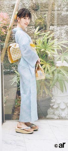 ( *`ω´) If you don't like what you see❤, please be kind and just move along. Cute Japanese, Japanese Beauty, Japanese Kimono, Asian Beauty, Japanese Lady, Kimono Japan, Yukata Kimono, Japanese Outfits, Japanese Fashion