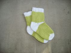 Sock Knitting Pattern: Six heels for toe up socks, knitted two at a time Knitting For Kids, Knitting Socks, Hand Knitting, Knitting Patterns, Unique Heels, Knitted Headband, Baby Socks, Strap Heels, Ibiza