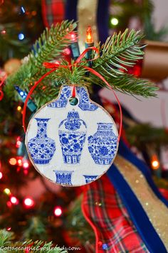 Customize your Christmas ornaments by making your own blue and white Chinoiserie Christmas ornaments. Christmas Gifts To Make, Handmade Christmas Tree, Christmas Tree Ornaments, Christmas Holidays, Christmas Crafts, Christmas Decorations, Holiday Decor, Hannukah, Diy Pins